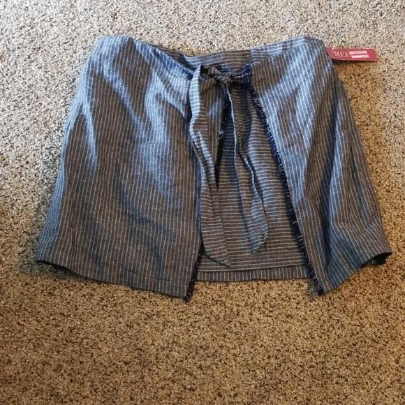 Merona Dresses & Skirts - Women's size large skirt